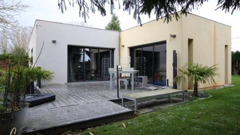 Maison Contemporaine Avec Piscine Couverte Prox Yerville